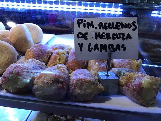 Tramacastilla de Tena, Spain: Tapas de la barra