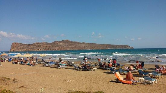 Hotel Ta Thodorou : Hotel strandja
