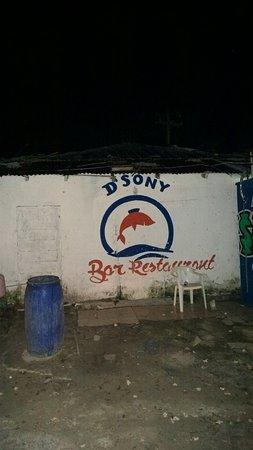 D' Sony D Est Restaurant