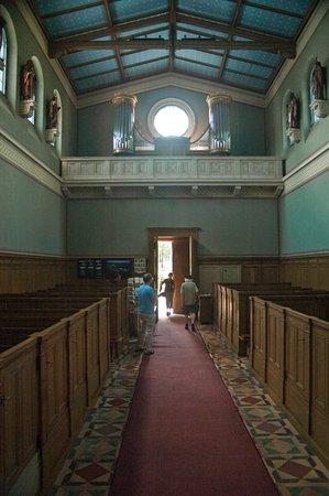 Heilandskirche am Port von Sacrow : Restaurierter Innenraum 2011