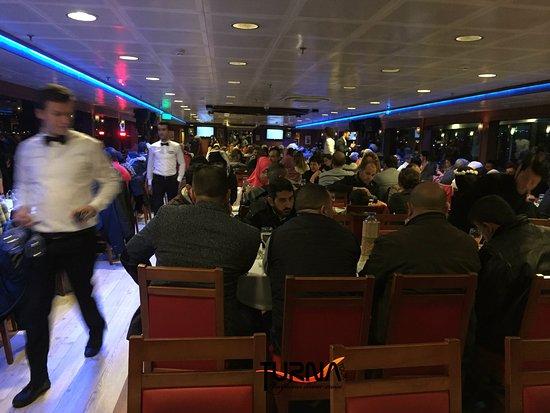 Turnatour - Bosphorus Dinner Cruise: 18.03.2017