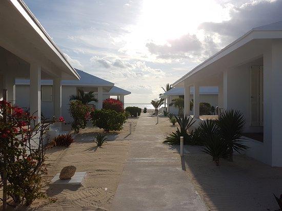 Guanahani Beach Club Resort: 20170316_084102_large.jpg