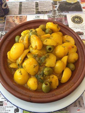 Bléré, France : Tajine Poulet-Pomme de Terre- Olives