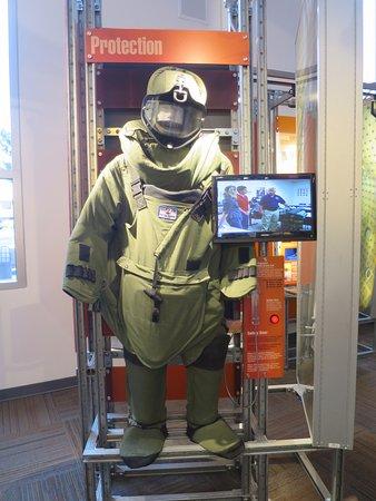 Los Alamos, NM: Suit