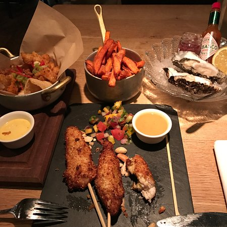 Blackhouse - The Grill on the Square : Dinner