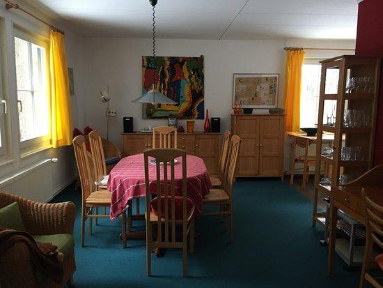Stechlin, ألمانيا: Dies ist Haus 16. sehr nett und umfangreich ausgestattet.