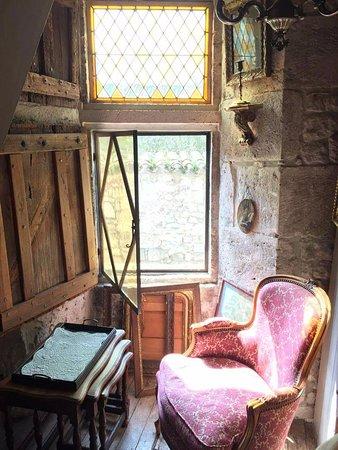 Issigeac, Francia: Toute l histoire du 15 eme siecle dans ces murs...