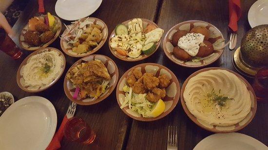 Tarboush Cafe: 20170318_152231_large.jpg