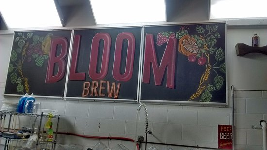 West Newton, Pensilvanya: Bloom Brew