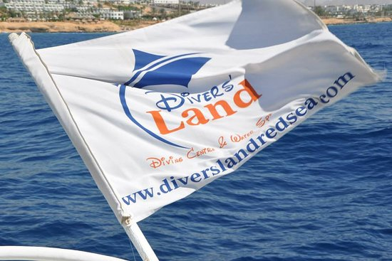 ‪Divers' Land diving Center & Water Sports‬