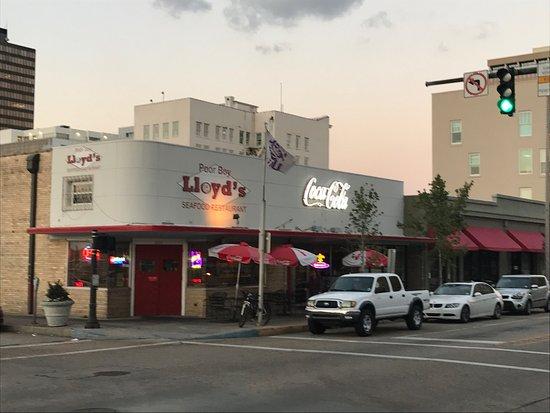 Photo of Cajun / Creole Restaurant Poor Boy Lloyd's at 201 Florida St, Baton Rouge, LA 70801, United States