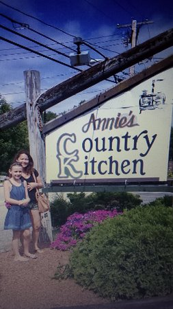 Country Kitchen Restaurant the outside of annie's country kitchen restaurant. - picture of