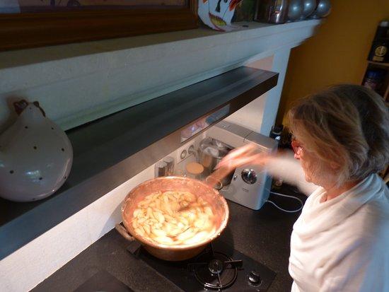 Saint Avertin, France: Confitures de poires pour petit déjeuner. Pear marmelade, you will test it for breakfast