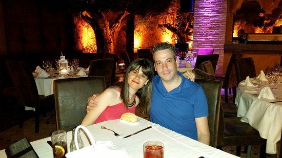 Olivia Valere Babilonia: Disfrutando de la cena