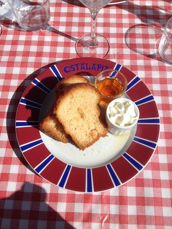 Ahetze, Francia: In the ( BaBa ) au Rhum !!