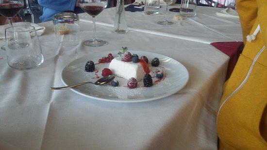 Cadrezzate, Italië: Mattonella yogurt