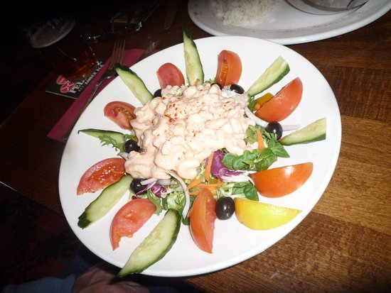Abbots Bromley, UK: Prawn salad.