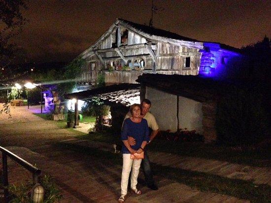 Loiu, Spania: Exteriores