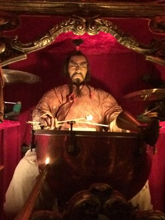 House on the Rock : Fu ManChu playing the tympani