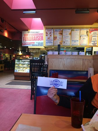 Methuen, MA: Fuddruckers