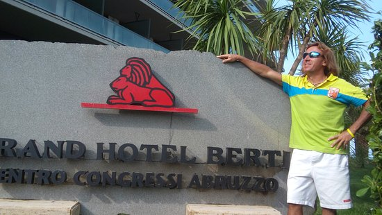 Grand Hotel Berti: ghb