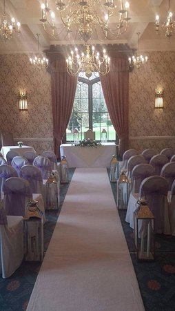 Halfway House, UK: The wedding ceremony was conducted in the Cardeston Suite