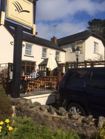 Colwall, UK: The pub
