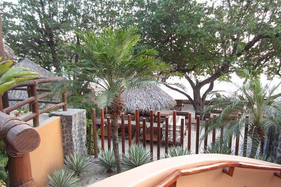 Embarc Zihuatanejo: grounds