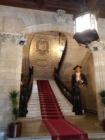 Palau March Museu: Escalera