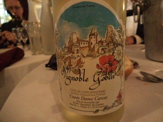 Каванак, Франция: le vin blanc
