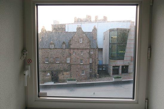 Ibis Aberdeen Centre Picture