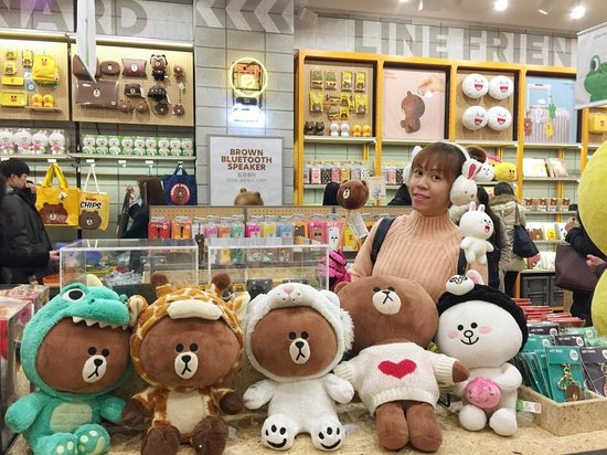 ‪LINE Friends Flagship Store Myeongdong Station‬