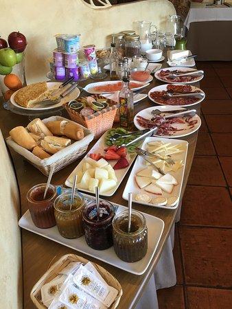 Villanueva de la Vera, Spagna: Desayuno excelente ...