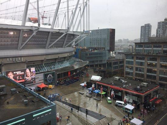 Hampton Inn & Suites Downtown Vancouver: photo0.jpg
