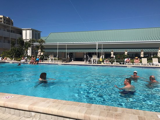Sandcastle Resort At Lido Beach Pool And