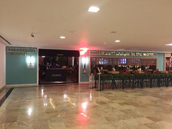 Photo of BBQ Joint Madero Steak House at Rua Scs Quadra 7 Bloco A, Brasilia 70307-902, Brazil
