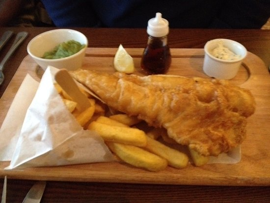 The Green Man: Generous portion of fish and chips