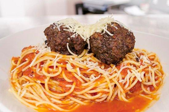 Vernon, Canada: Spaghetti and Meatballs