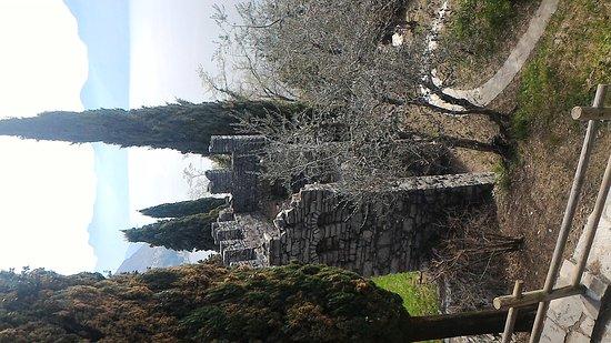 Perledo, Włochy: P_20170319_141028_large.jpg