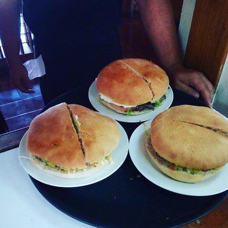 Papi Burger