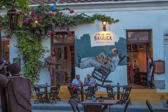 Basilica Pizzeria Cafe, Cartagena
