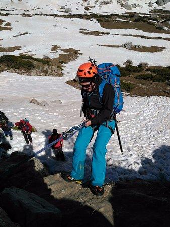 Isaba, Spanien: Rapelando en Pirineo