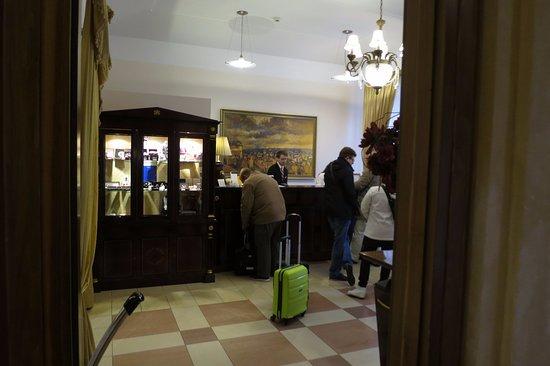 EA Embassy Prague Hotel: reception