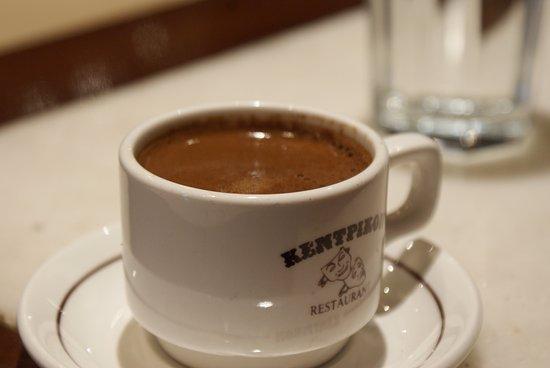 Attica, Greece: début de journée avec un super café