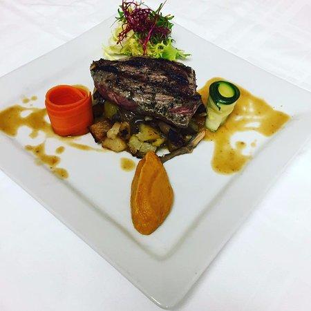La Faute sur Mer, France: la poire de bœuf sauce foie gras