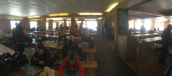 Mansonville, Canada: Cafeteria in the Chalet