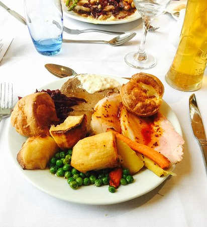 Chesham, UK: Sunday Lunch