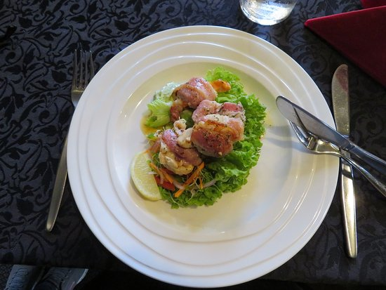 Greymouth, Nuova Zelanda: Scallops wrapped in bcaon