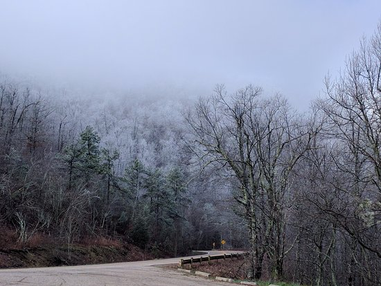 Queen Wilhelmina State Park: Photo from scenic drive-ice on the mountains