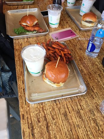 Photo of American Restaurant Burger Tap & Shake Foggy Bottom at 2200 Pennsylvania Ave. Nw, Washington DC, DC 20037, United States